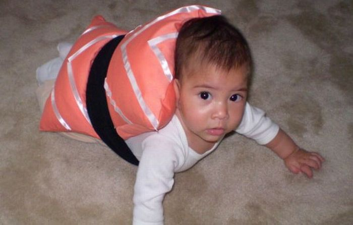 Babies in Food Costumes (20 pics)