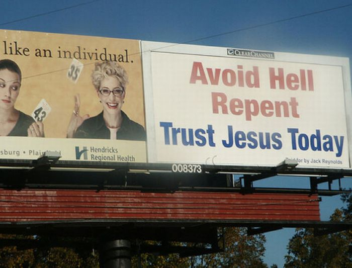 Bad Locations for Jesus Signs (15 pics)