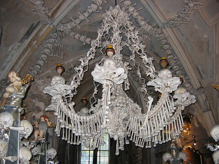 Cathedral Made Ouf Human Remains (27 pics)