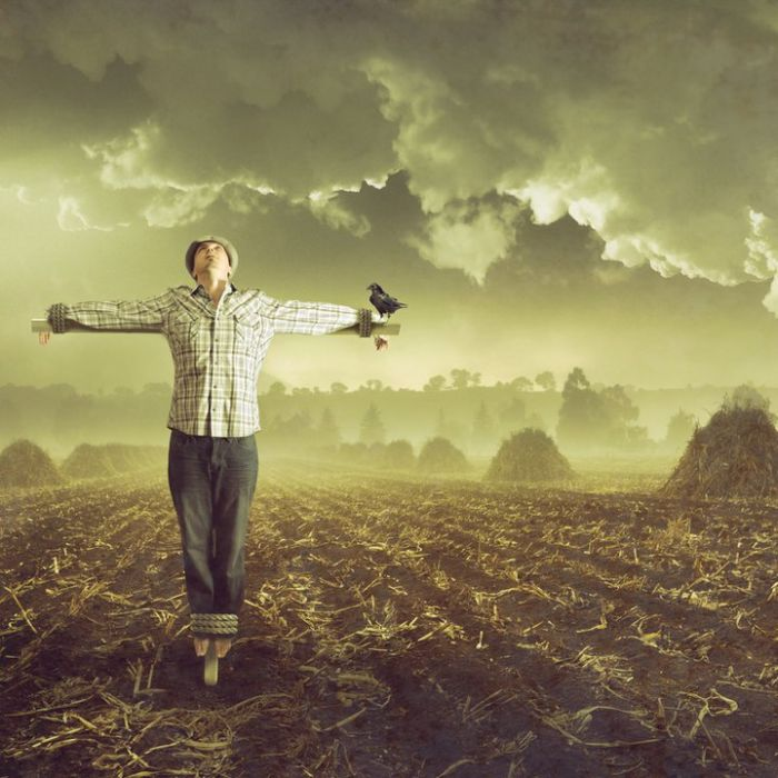 Surreal Stories in Self-Portraits (18 pics)