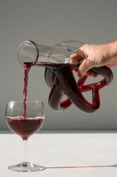 Unique Wine Bottle (10 pics)