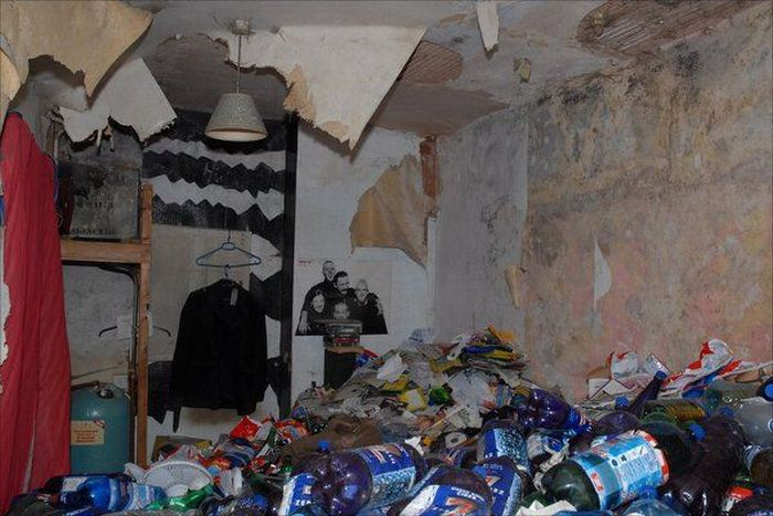 The Filthiest Apartments (22 pics)