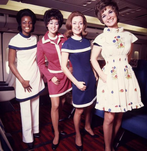 Stewardess Outfits From Then and Now (17 pics)