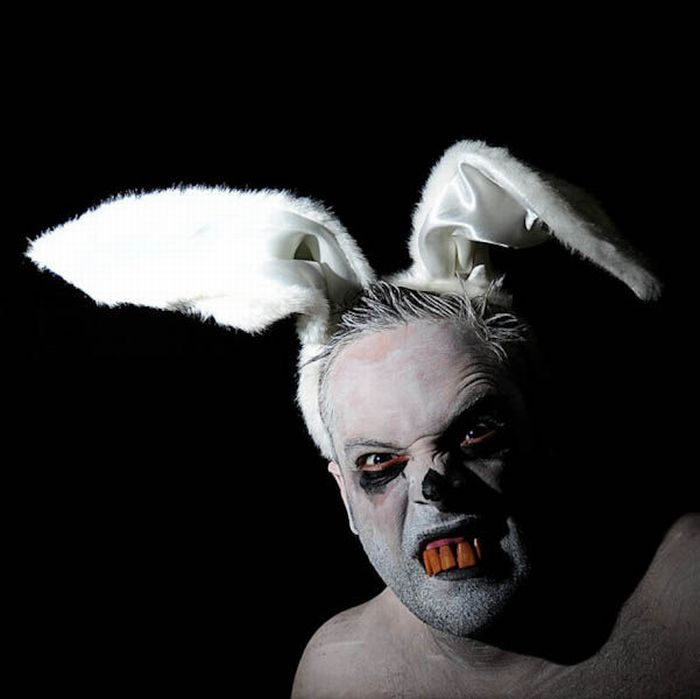 The Worst Bunny Costumes Ever (34 pics)