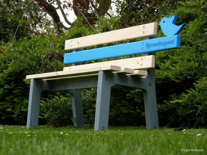 Tweetingseat (4 pics)