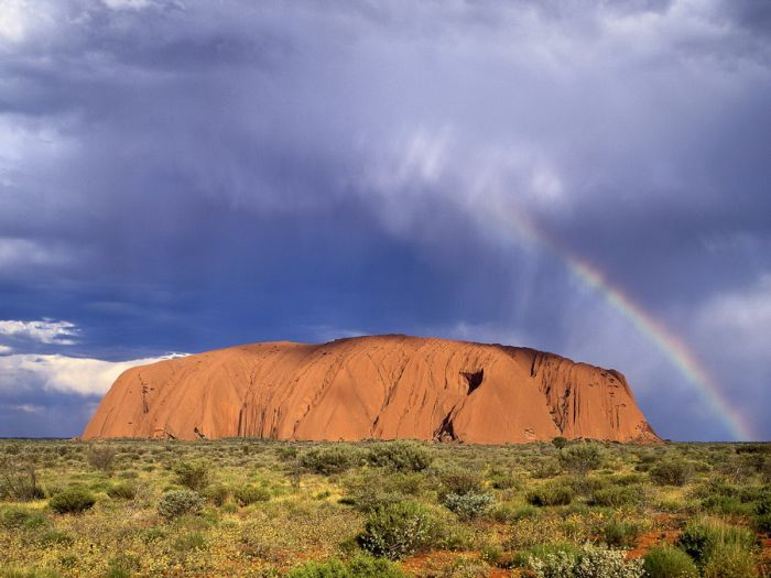 Uluru or Ayers Rock (18 pics)