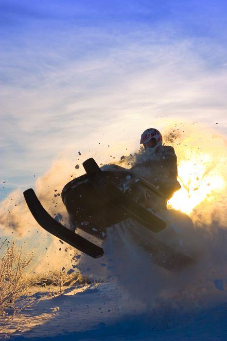 Snowmobile Photos (25 pics)