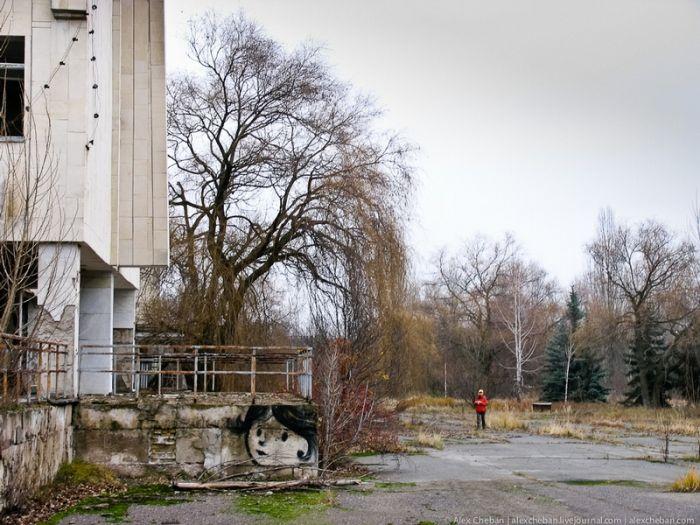 Graffiti in Chernobyl (33 pics)