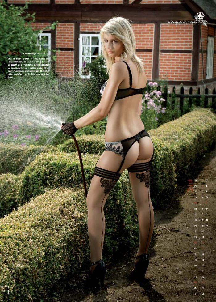 Hot Farm Girls Naked