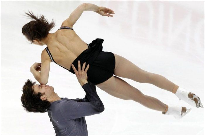 Accident at the Figure Skating Competition in Moscow (5 pics)