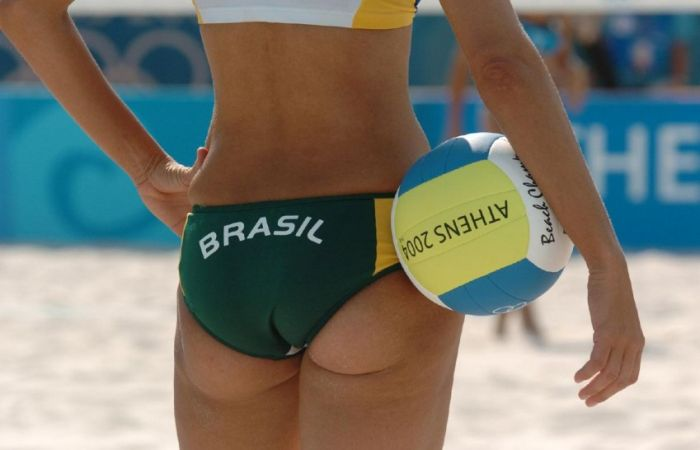Beach Volleyball Girls (25 pics)