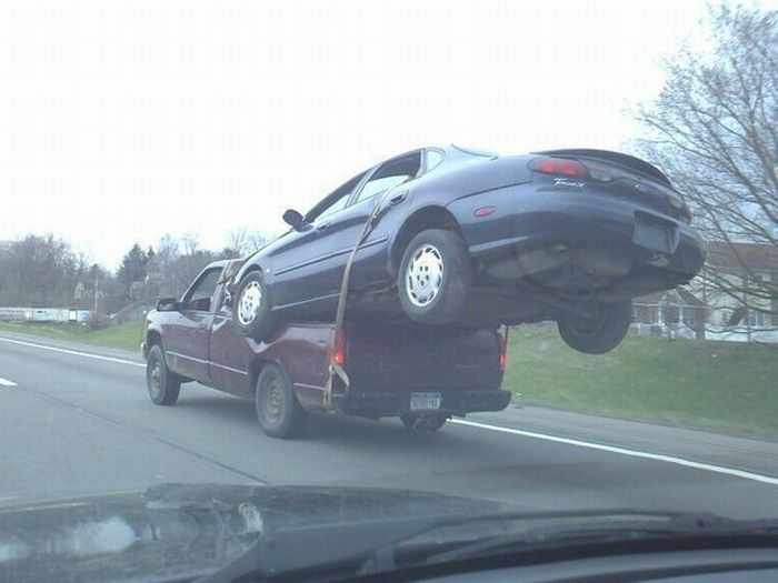 Transport a Broken Vehicle Like a Boss (3 pics)