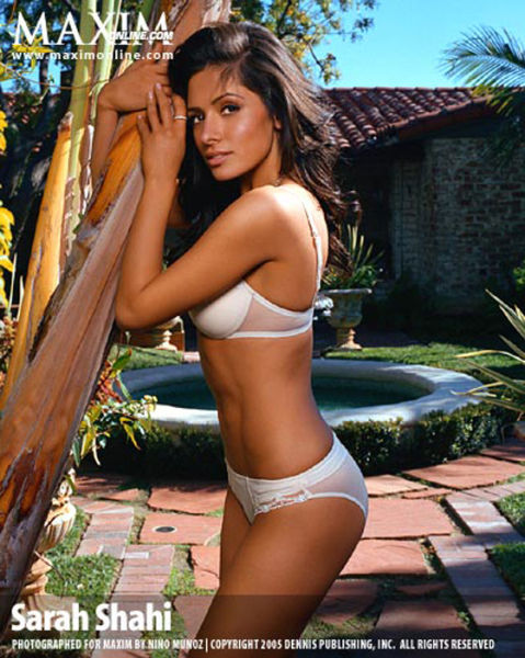 Maxim's Hottest 100 Women of 2011 (100 pics)