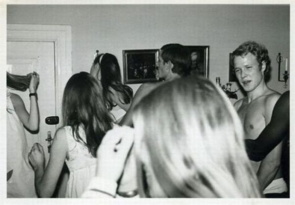 Student Parties in the '60s (27 pics)