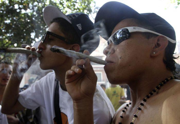 The Global Marijuana March (42 pics)