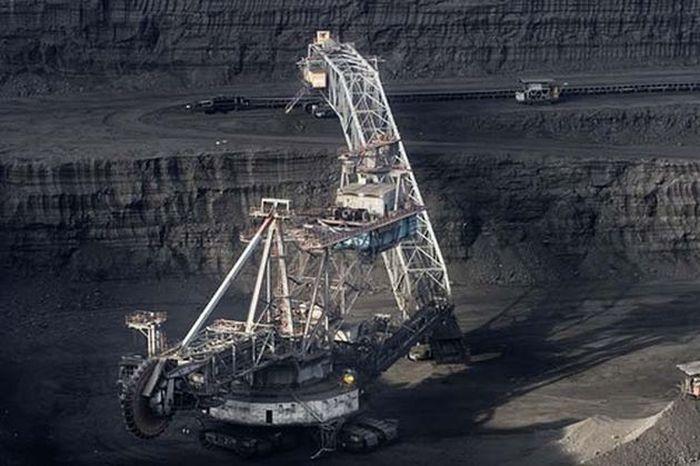 Giant Excavator (18 pics)