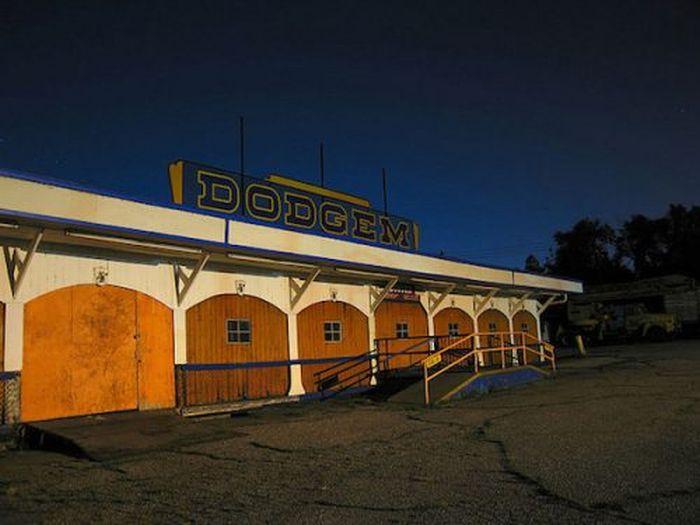 Abandoned Amusement Park in Kansas (34 pics)