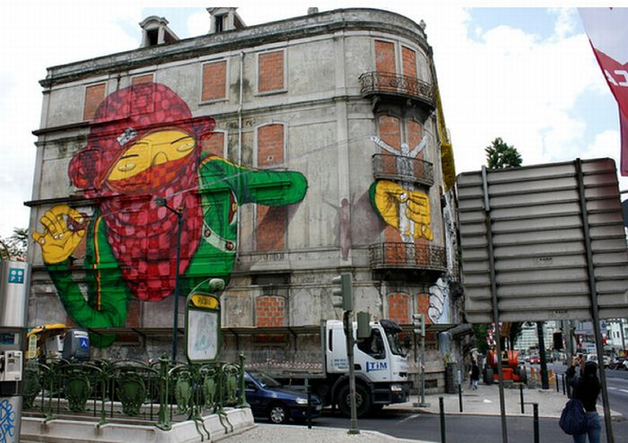 Amazing Street Art by BLU (8 pics)