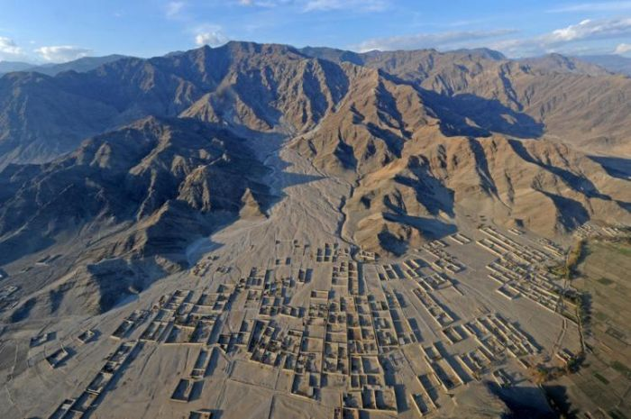 Afghanistan from Above (28 pics)