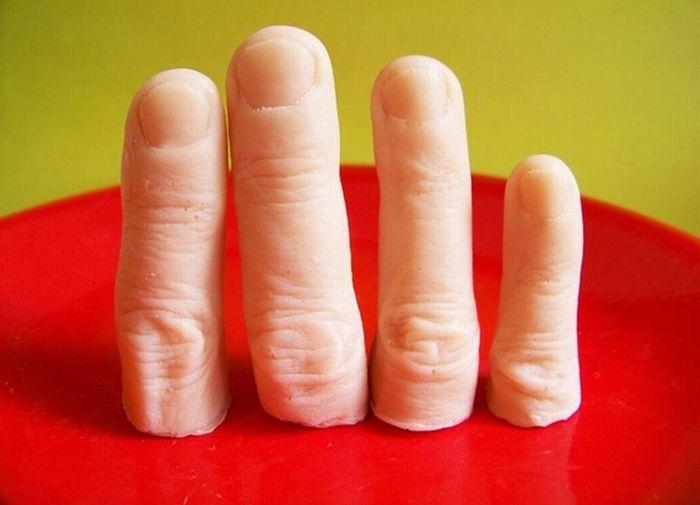Weird Finger Soap (5 pics)