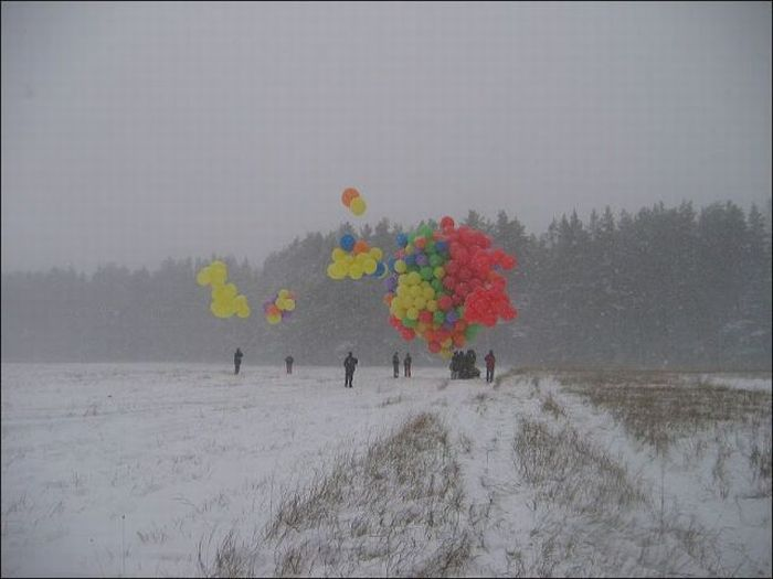 Toy Balloons Flight (21 pics)