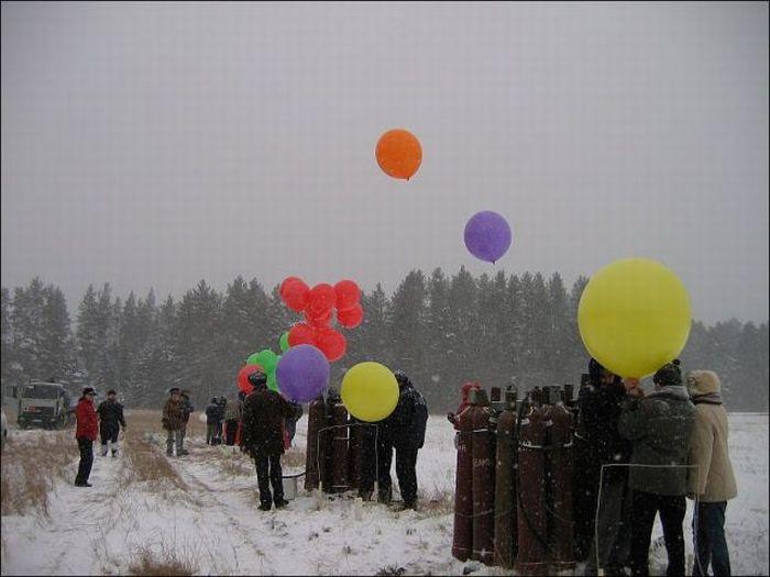 Toy Balloons Flight (21 pics)