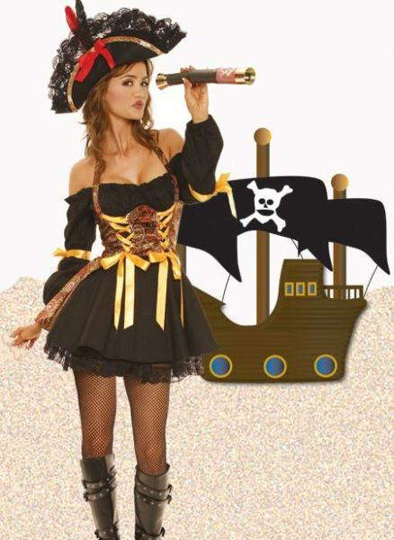 Pirate Girls (44 pics)
