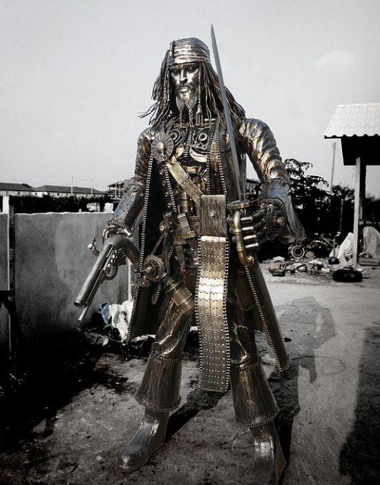 Jack Sparrow Statue (5 pics)