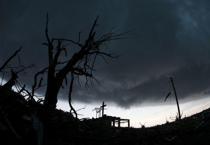 Missouri Tornado (33 pics)