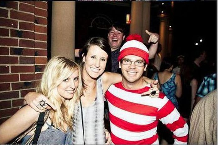 Never Invite This Man to a Party (7 pics)