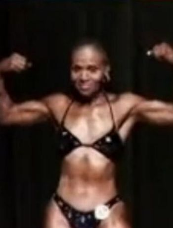 74-Year-Old Woman with a Six-Pack (12 pics)