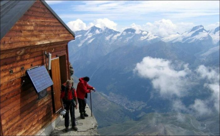 Mountain House (5 pics)
