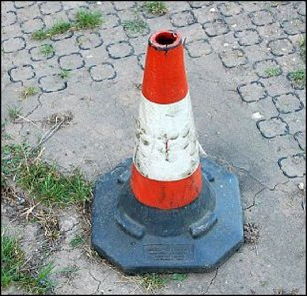 Who lives inside the Road Cone? (11 pics)