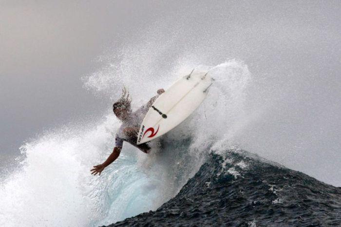Surfing Photos (66 pics)