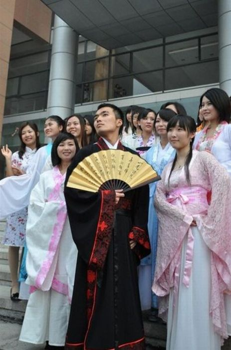 Graduation Day in China (14 pics)