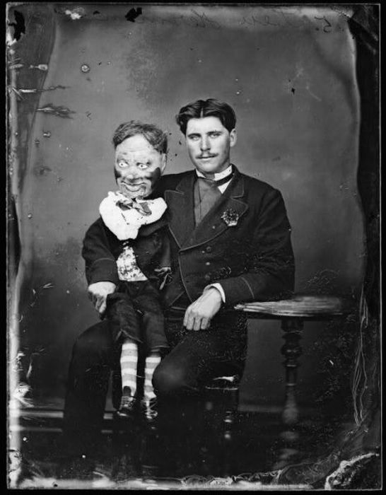 Creepy Ventriloquist Dummies (8 pics)