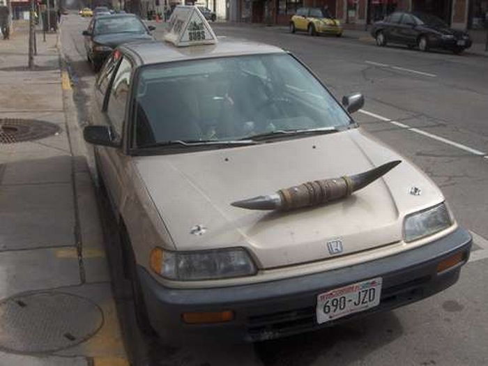 Cars with Horns (23 pics)