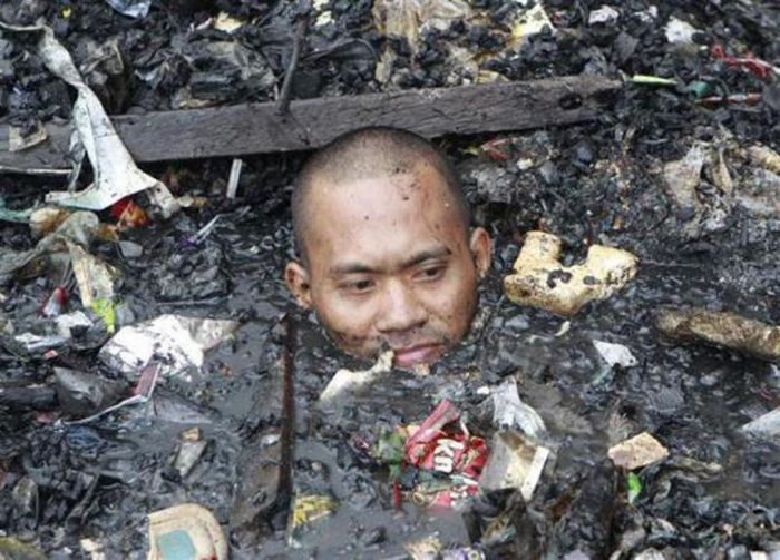 Garbage Pollution Around the World (25 pics)