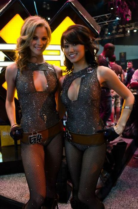 The Hottest E3 2011 Babes (50 pics)