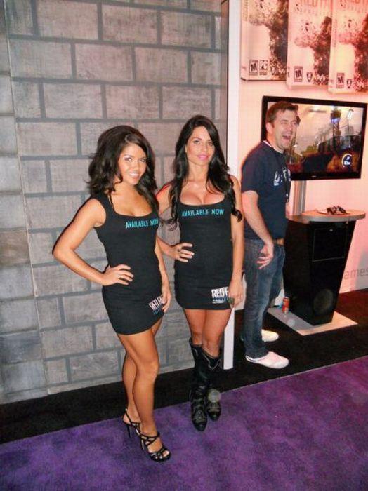 The Hottest E3 2011 Babes (50 pics)