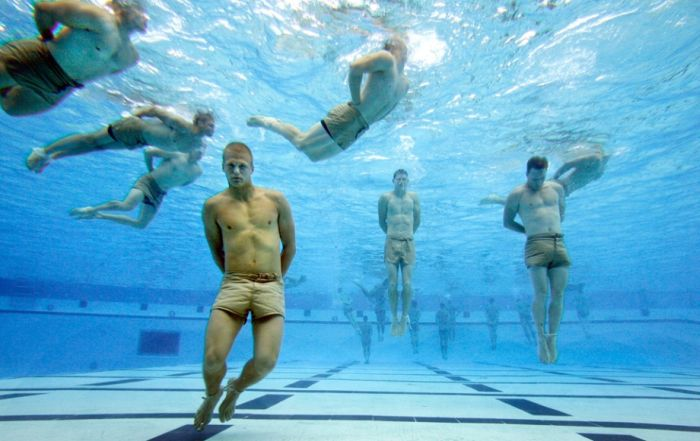 Navy SEALs Training (26 pics)