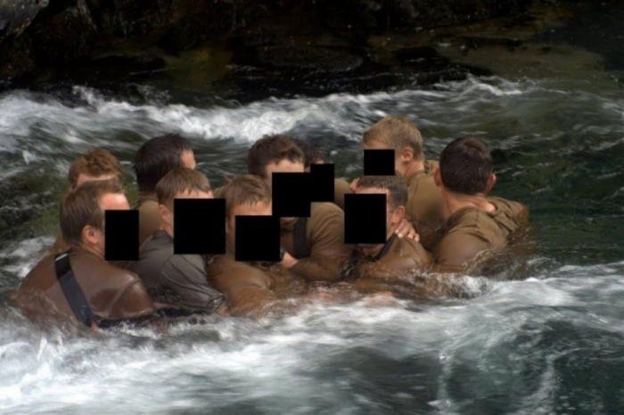 Navy SEALs Training (26 pics)