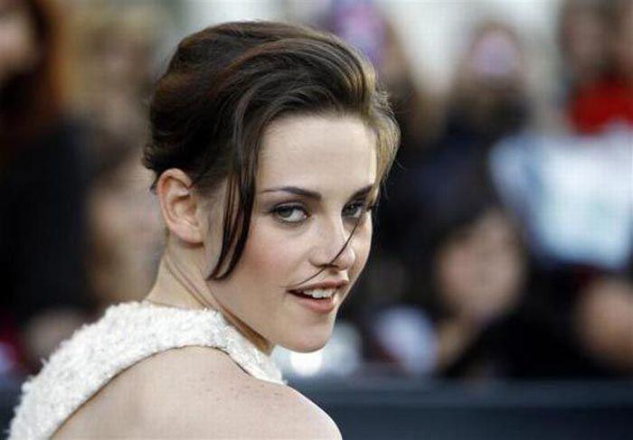 World's Top Paid Celebrities Under 30 (20 pics)