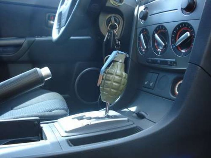 Unusual Shift Knobs (24 pics)