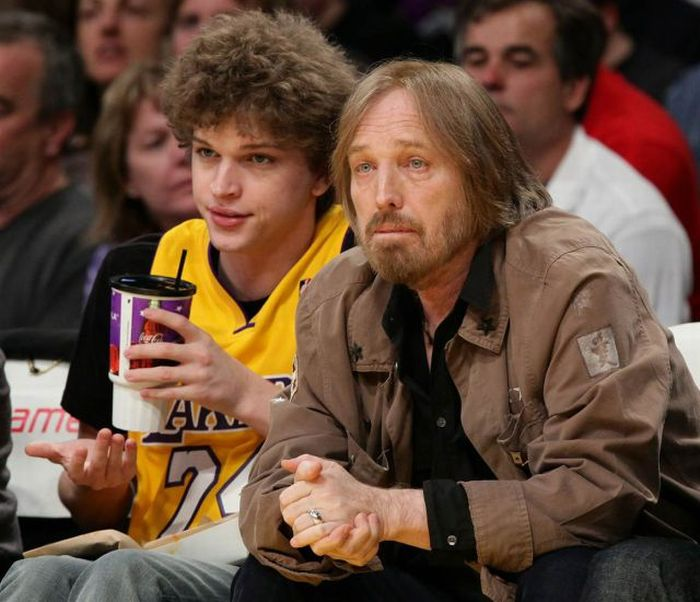 Famous Fathers and Their Children (40 pics)