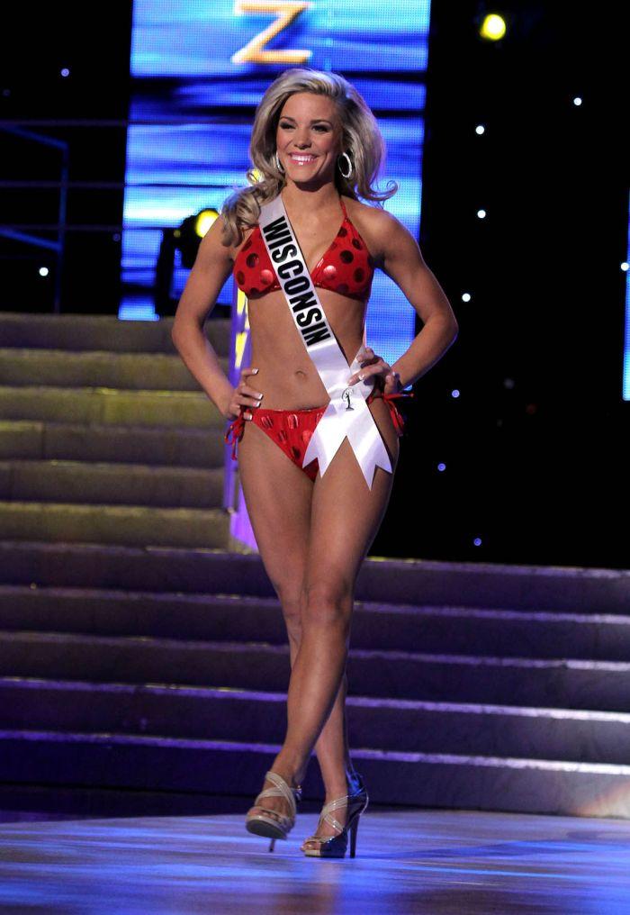 Miss USA 2011 Bikini Competition  (37 pics)