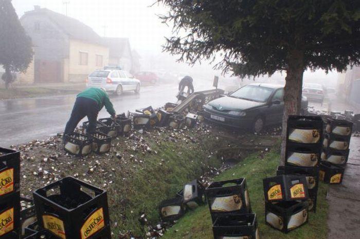 10,000 Bottles of Beer Destroyed (11 pics)