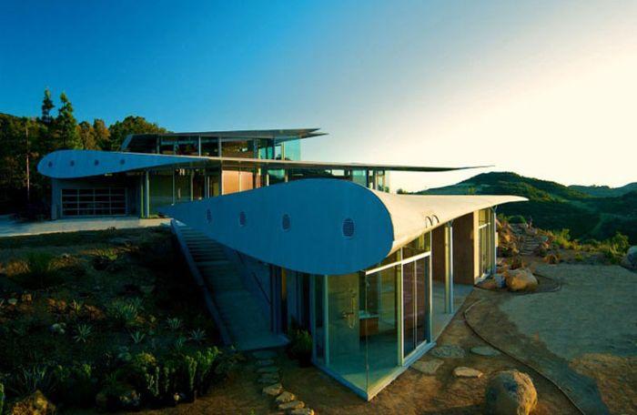 Boeing 747 House (18 pics)