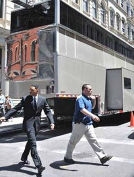Will Smith's $1.8 Million Trailer (12 pics)