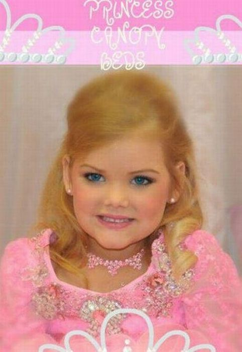 5 Year Old Barbie (22 pics)